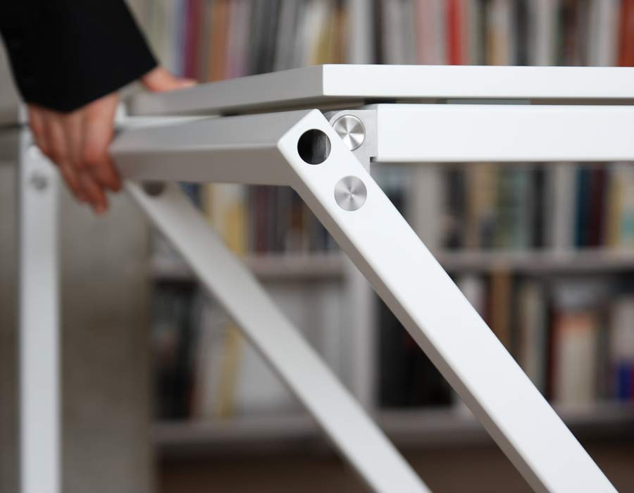 Avarte table Mina - easily foldable