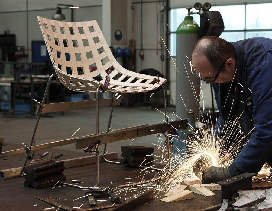 Plywood Chair Global in the manufacture