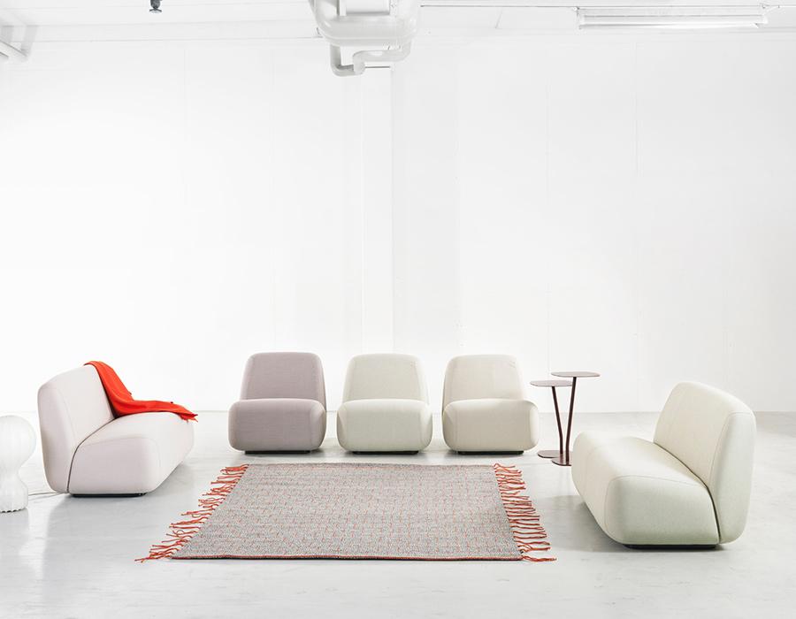 polstermbel hersteller eckcouch sofa oder sitzgruppe modell mittenwald mit sichtholz aus fichte. Black Bedroom Furniture Sets. Home Design Ideas