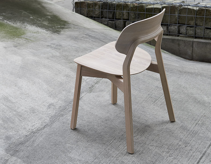 Vollholzstuhl Rückenansicht Eiche Massive Wooden Chair Back View Oak