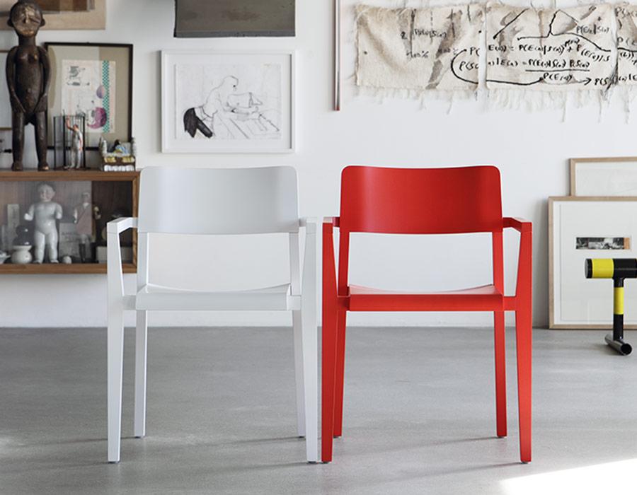 Thonet armchair armrest interieur colours
